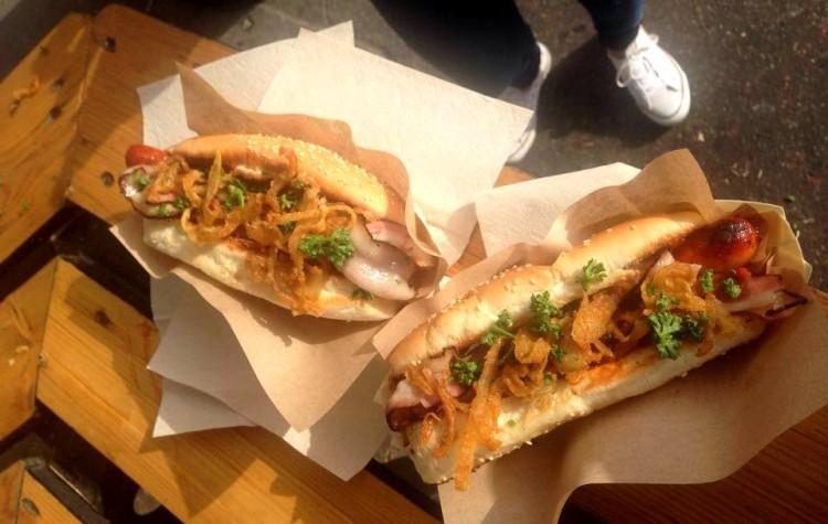 Hotdog z NYC Corner