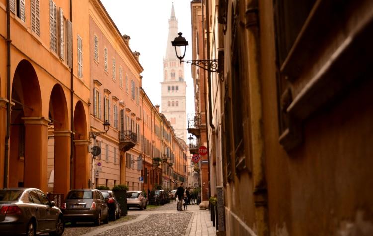 Duomo di Modena cesare battisti