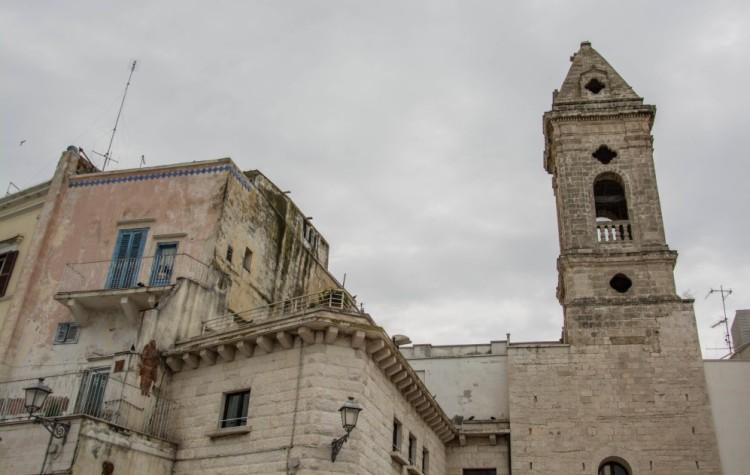 bari kostol chiesa