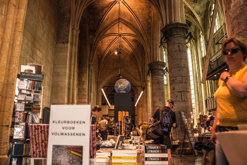 Boekhandel Dominicanen kníhkupectvo v kostole