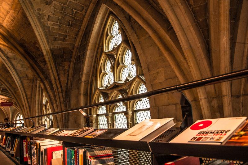 Selexyz Dominicanen Bookstore kníhkupectvo maastricht