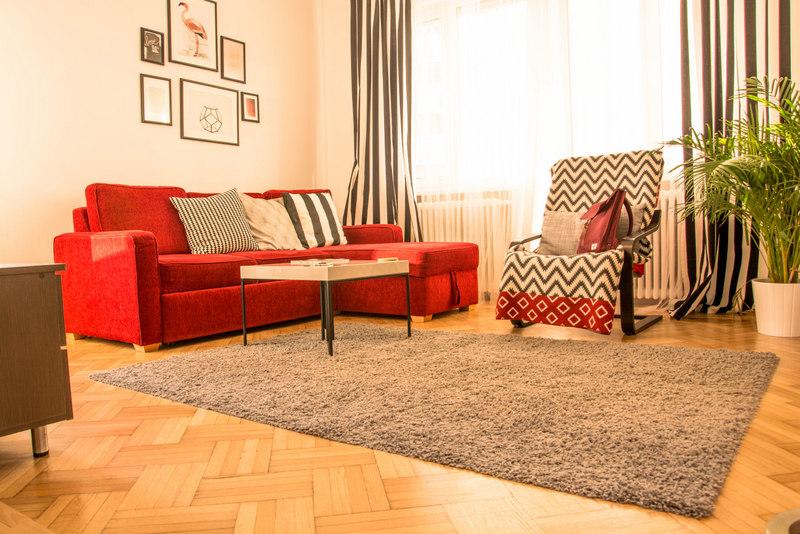 bukurešť airbnb skusenosti obývačka