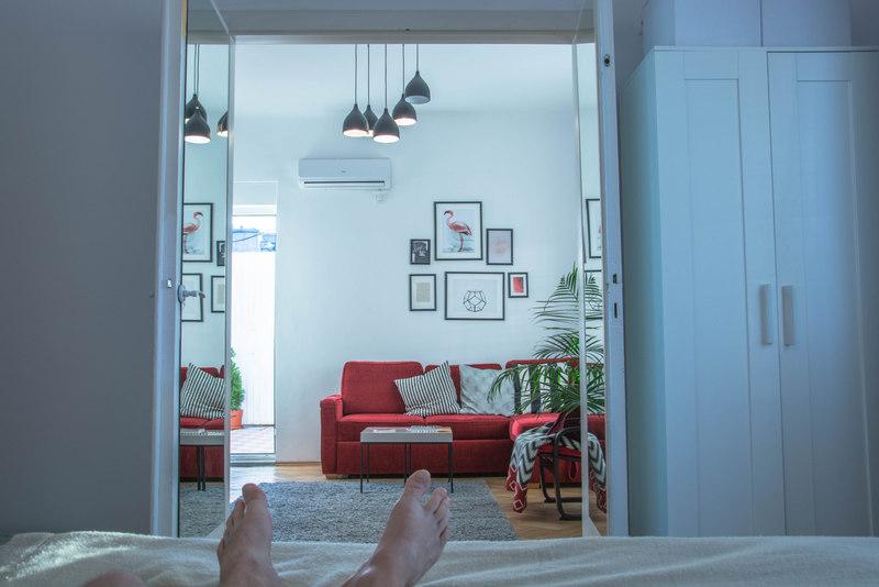spálňa airbnb bukurešť