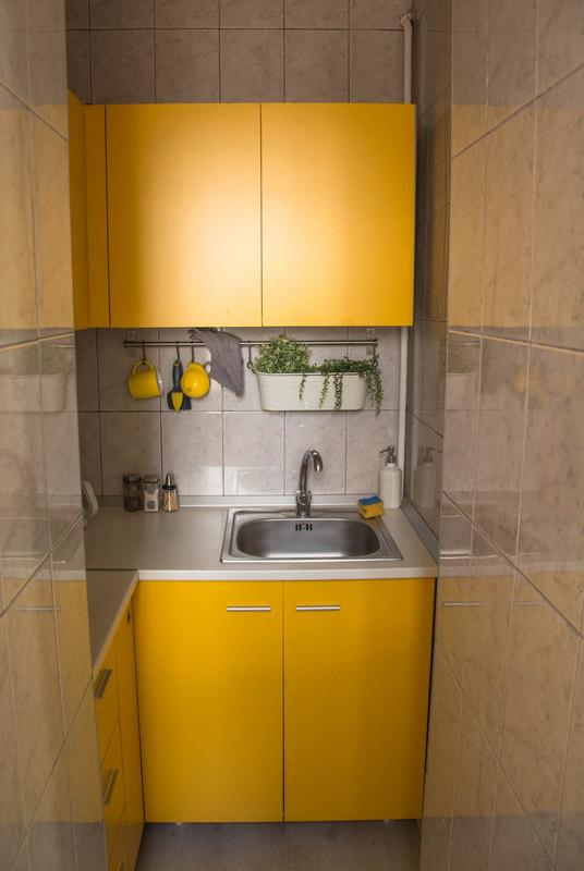 kuchyňa v airbnb apartmáne