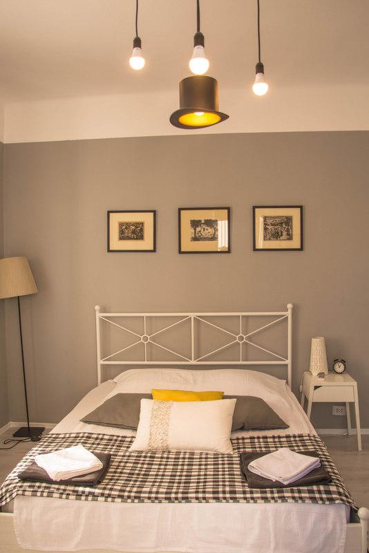 airbnb v bukurešti spálňa