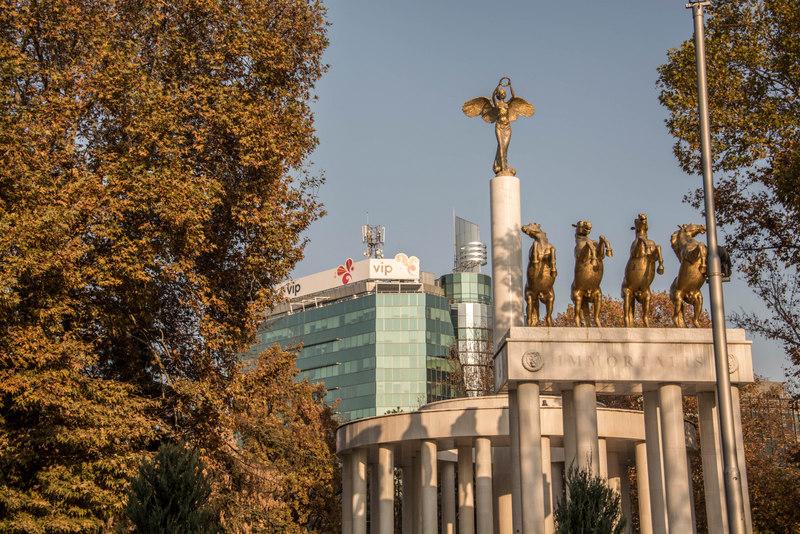 Skopje monument padlých hrdinov