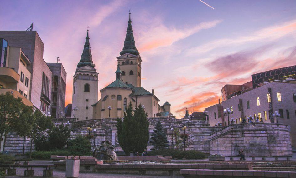 farský kostol žilina namestie