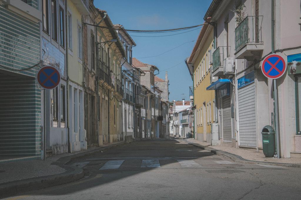 vyľudnené ulice v aveire