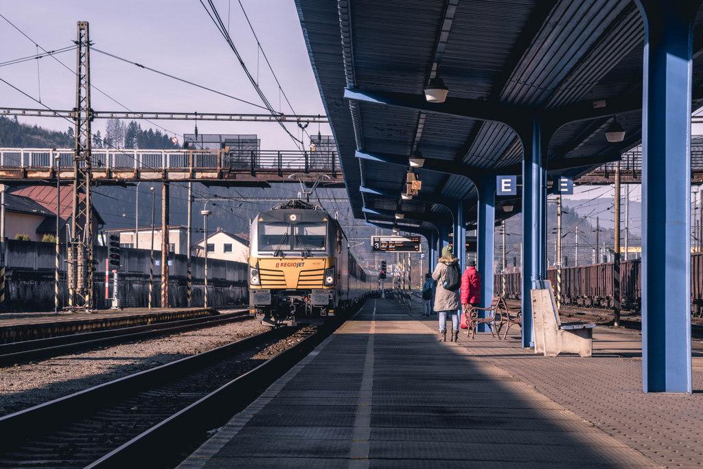 železničná stanica čadca 6