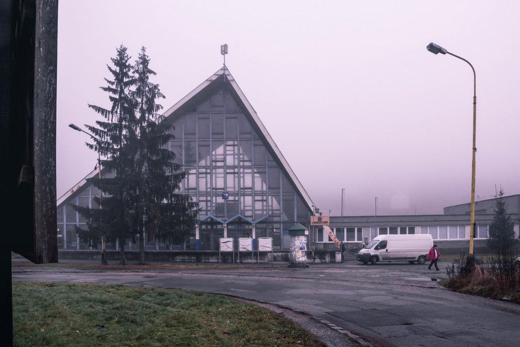 železničná stanica čadca